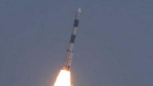 Start einer indischen PSLV-Trägerrakete (Symbolbild): erst nach ein paar Tagen Schweigen unruhig