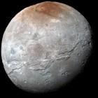 Nasa: Neue Aufnahmen von Plutomond Charon verblüffen Astronomen
