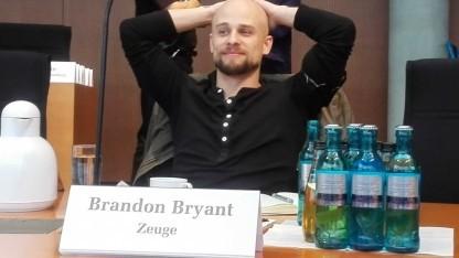 Entspannter Zeuge: der frühere Drohnenpilot Brandon Bryant vor dem NSA-Ausschuss des Bundestags.