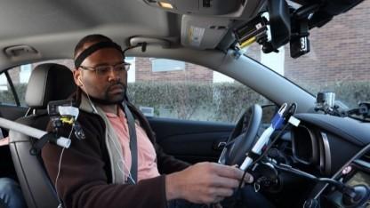 Test von Sprachassistenzsystemen für Autofahrer