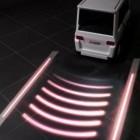 Sicherheit: Mitsubishi entwickelt Straßenprojektor für Autos und Lkw