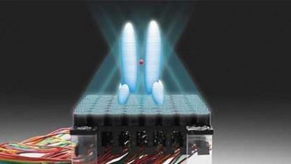 Aufbau für den Traktorstrahl: drei verschiedene akustische Hologramme
