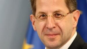 Verfassungsschutzpräsident Hans Georg Maaßen soll Geheimnisse verraten haben.