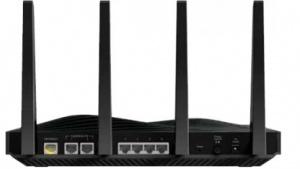 Vier Antennen und zwei Gigabit-Ports, die sich zusammenschalten lassen, bietet der neue Nighthawk X8.