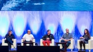 Kernel-Maintainer auf einer Podiumsdiskussion bei der Linuxcon