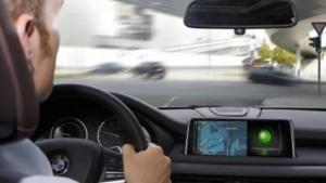Forschungsinitiative Urban: Die Stadt soll mit dem Auto kommunizieren.