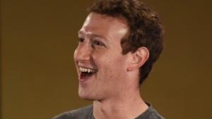 Facebook-Chef Mark Zuckerberg möchte seinen Dienst auf der ganzen Welt verbreiten - deshalb werden die Mitarbeiter jetzt gedrosselt.
