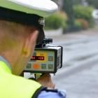 Oberlandesgericht: Bußgeld für Benutzung einer Blitzer-App im Auto