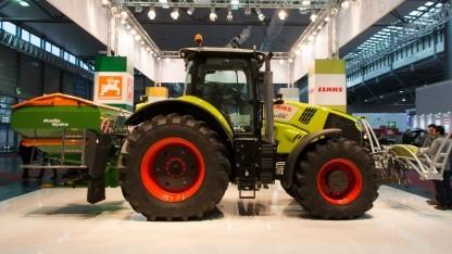Traktor von Claas: zuviele intuitive Entscheidungen
