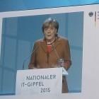 IT-Gipfel 2015: Merkel warnt vor zu viel Datenschutz in Europa