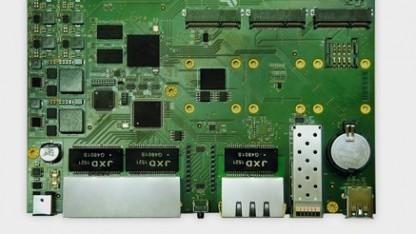 Der Router kann auch nur als Board gekauft werden.