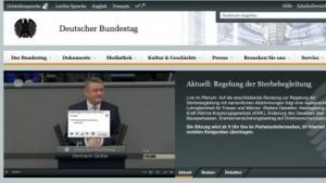 Der Bundestag will Flash verbieten - der Livestream setzt aber weiterhin auf diese Technologie.