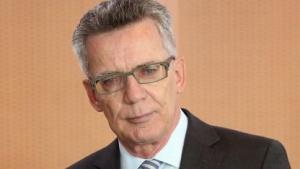 Thomas de Maizière plant spezielle Sicherheitsbehörde.