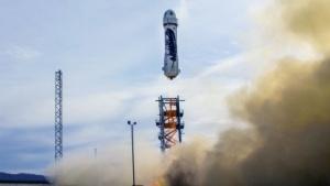 Raketenstufe von Blue Origin: Weltraumtouristen dürfen einige Minuten schweben.