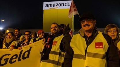 Verdi-Foto bei Facebook vom Amazon-Standort Graben bei Augsburg