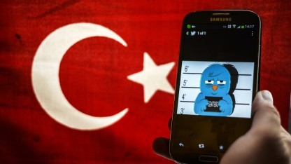 Twittervogel verhaftet: Die Türkei ist eines von vielen Ländern, in denen das Internet zensiert wird.