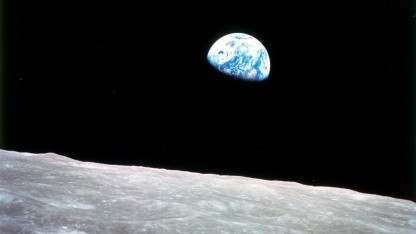 Apollo 8: die Erde aus dem Mondorbit fotografiert
