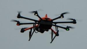 Octocopter Inspector S: Zoomen per Fernbedienung