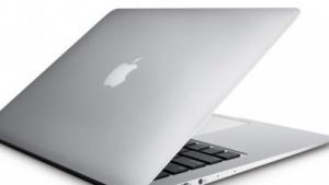 Macbook Air soll noch flacher werden.