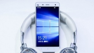 Das Xiaomi Mi 4 mit Windows 10 Mobile