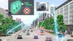 Die vernetzten Autos sollen aktuelle Verkehrsdaten an die Cloud liefern.