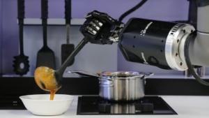Restaurantroboter auf der Hannover Messe