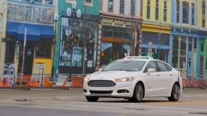 Autonomer Ford Fusion Hybrid in der MCity: autonome Vorführungen auf der CES