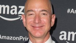 Amazon-Chef Jeff Bezos bei einer Preisverleihung