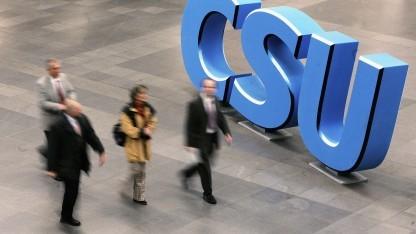 CSU will Umgang mit Hasskommentaren in sozialen Medien ändern.
