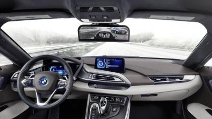 BMW i8 Mirrorless: Monitor statt Rückspiegel