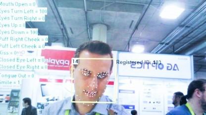Bitte recht freundlich: Die Kaffeemaschine erkennt im Digitalstrom-Smart-Home das Lächeln des Nutzers.