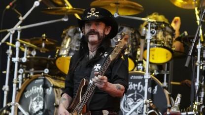 Motörhead-Gründer Lemmy Kilmister (1945 - 2015): Mit Heavy-Metal-Umlaut sieht's gemeiner aus.