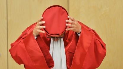 Das Bundesverfassungsgericht wird sich wieder einmal mit der Vorratsdatenspeicherung befassen.