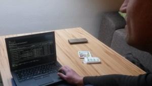 Blind programmieren: Wenn der Computer schneller spricht, als ein Sehender hört