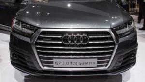 Ein Audi Q7 auf der IAA 2015