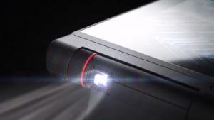 Das neue Thinkpad X1 Tablet von Lenovo kann unter anderem um einen Pico-Projektor erweitert werden.