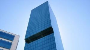 Der Prime-Tower in Zürich gibt viele Daten preis.