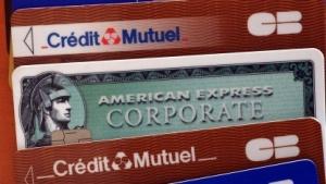 Auch mit dem Chip-und-PIN-Verfahren gesicherte Kreditkarten können von kriminellen Banden kopiert werden.