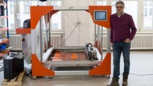 Big Rep One: Kein 3D-Drucker für Kleinigkeiten  (Bild: Werner Pluta/Golem.de), Big Rep