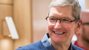 Apple-Chef Tim Cook plant kein Billig-iPhone.