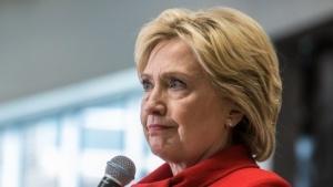 Hillary Clinton soll auf ihrem privaten Mailserver auch streng vertrauliche Informationen gehabt haben - vermutlich illegal.