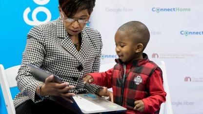 Familien in Kansas City erhalten von Google einen kostenlosen Gigabit-Zugang.