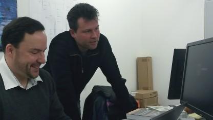 IT-Berater Sören Schindler (links) und Job-Coach Jürgen Ferner