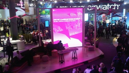 Messestand der Telekom in Barcelona