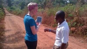 Ohne Karte geht nichts - Helfer bei der Bekämpfung der Ebola-Epidemie in Sierra Leone nutzten die Open Street Map.