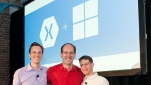 Nat Friedman, CEO von Xamarin; Scott Guthrie, VP Microsoft Cloud and Enterprise Group; Miguel de Icaza, CTO von Xamarin (v. l. n. r.)