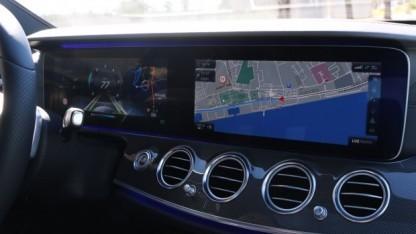 Die neue E-Klasse verfügt über zahlreiche Assistenzsysteme, ist aber noch längst kein autonomes Auto.