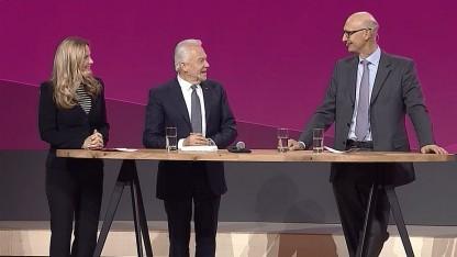 Deutsche-Bahn-Chef (l.) und Telekom-Chef auf der Cebit 2016