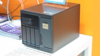Qnaps kleinste Thunderbolt-Turbo-Station bietet Platz für acht Datenträger.