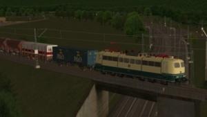 Zusi 3 simuliert sowohl den Personenverkehr als auch schwere Güterzüge.